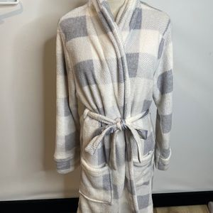 Love to lounge robe M 8 10 gray white pockets warm